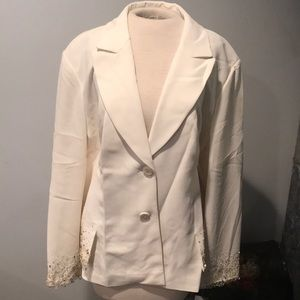NTW Bloomingdales winter white blazer